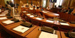 Commissione edilizia, tensione in consiglio