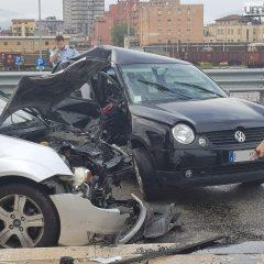 Terni, scontro tra auto: ci sono tre feriti