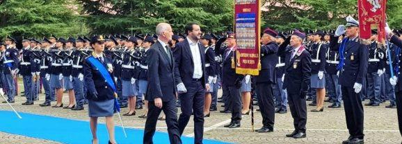 Salvini a Spoleto: «Sbirro? È un onore»