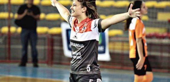 La 22enne Amanda de Souza è 'Ferella'