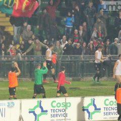 Ternana-Rimini 3-0, risveglio dal letargo