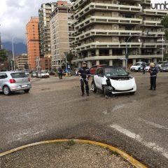 Turati – Di Vittorio, incidente all'incrocio