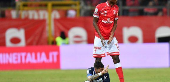 Perugia, sfogo Sadiq: «Umiliato ai Rangers»