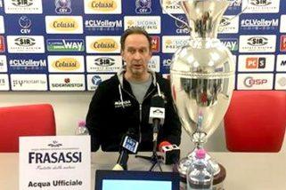 Volley, Bernardi: conferenza con coppa