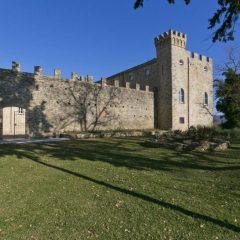 Umbria, borsino da 'record': castello in vendita a 20 milioni