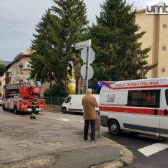 Terni: malore in casa, soccorsa dai pompieri
