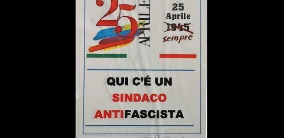 Sindaco antifascista: «Ancora per poco»