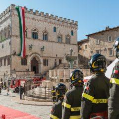 Perugia ha abbracciato i suoi vigili del fuoco