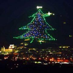 Natale in Umbria: il video delle accensioni