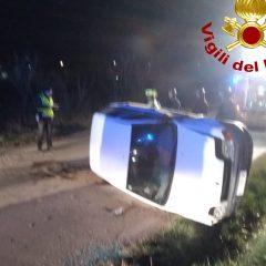 Si ribaltano con l'auto, due feriti a Perugia