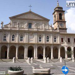 Terni, cattedrale in festa per il Preziosissimo Sangue