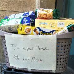 Terni, il cesto solidale al Corso: «Successo»