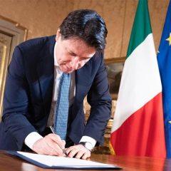 'Fase 3' covid, Conte firma nuovo Dpcm