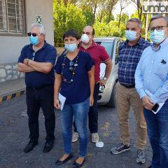 Treofan, Serracchiani in visita: «Presto nuovo incontro al Mise»