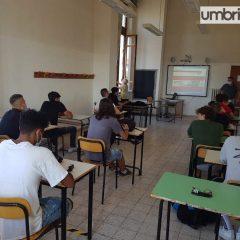 Covid scuole: gestione e prevenzione, nuova ordinanza Tesei