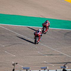 MotoGp, caos Ducati in Spagna: Dovizioso attacca Petrucci