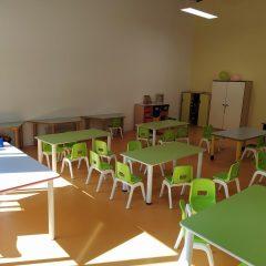 Covid e non solo: «Bambini al freddo nella scuola materna»