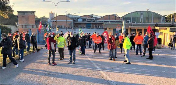 Sangemini, sciopero e blocco delle portinerie