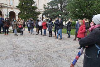 Protesta in centro per il rientro a scuola: «Dad sia eccezione»