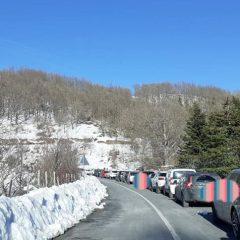 Polino: tanti turisti per il sabato 'giallo' fra neve, sole e natura