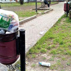 Terni: «Fuori dalla 'Oberdan' un quadro avvilente di sporcizia»