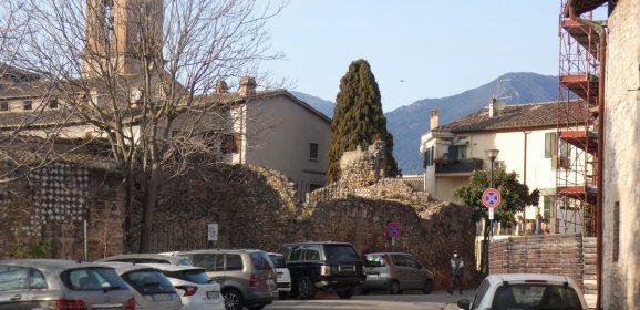 Terni: quartiere Duomo e posti auto, scatta la petizione