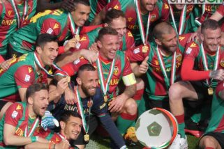 Foto e video – Capitan Defendi alza il trofeo: Ternana hai vinto tu