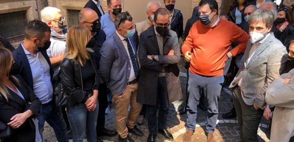 Terni, una cittadina a Salvini: «La Regione non ci considera»