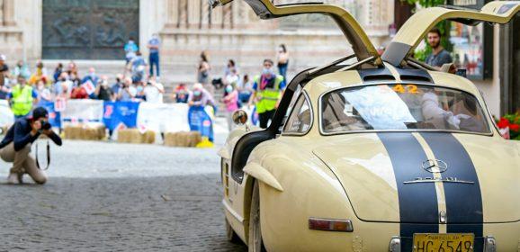 Fotogallery – Lo spettacolo della 1000 Miglia in Umbria