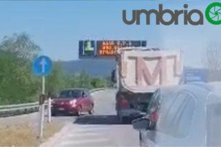 Contromano in superstrada, incidente sfiorato a Foligno