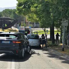 Terni, tamponamento a 3 in via Borzacchini: caos traffico