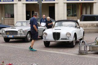 Terni, auto d'epoca in piazza per la giornata nazionale – Foto