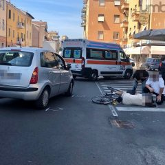 Terni, auto contro bici: ferito in via XX Settembre