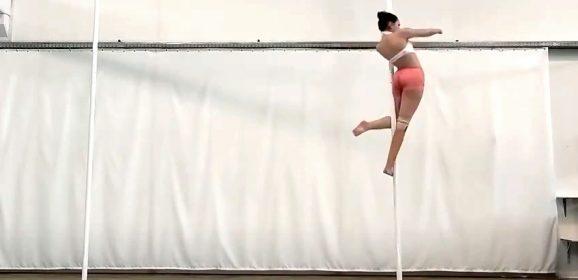 Senza mani, Francesca vola sul palo e vince i campionati del mondo